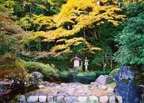 初秋のかくばん池