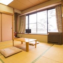 *【和室(例)】人数に見合ったお部屋をご用意しております。足を伸ばせる畳の落ち着く空間。
