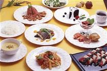 夕食は洋風コース料理
