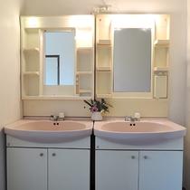 *【施設】洗面所は共同になります。