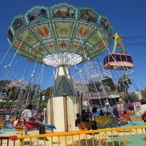 車で3分ほど、遊園地浜名湖パルパル。小さなお子様ら楽しめます。