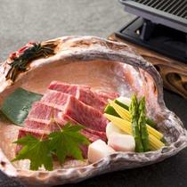 世界中で注目を集めている「神戸牛」を贅沢に味わえるコースをご用意いたしました。