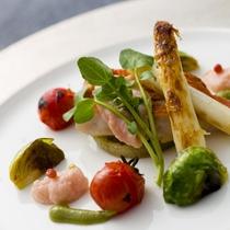 【2016冬のお料理(3月一例)】今月は洋皿が登場。鮮やか野菜に彩られた金目鯛のロースト