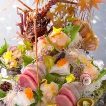 【2016秋のお料理(9月一例)】豪快で華やかな伊勢海老の姿造りは鯛・鮪などの鮮魚と共に♪