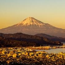 【周辺観光】日本平から望む富士山 イメージ