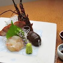 *【夕食例】新鮮で甘みがある、美味しい伊勢海老の御造り。