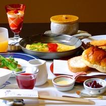 *【洋朝食】一例 朝食は洋食派のお客様のリクエストにも対応しております。
