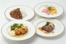 【朝食・アラカルトメニュー】チキン南蛮・ステーキ・カレーライス…どれにしようか迷ってしまいそう。