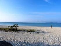 夕暮れ前のコンドイビーチ