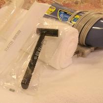 *アメニティ/タオル類、歯ブラシ、かみそり、ブラシ、ドライヤー完備です。