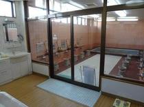 お風呂では富士山の湧水を利用しております