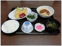 日替わり夕食の一例となります。