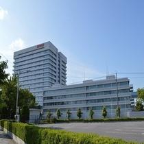 【デンソー本社】ホテルから徒歩約10分です。