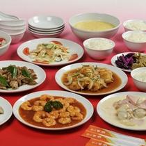 *当館が自信をもってお出しする本格的な中国料理をお楽しみ下さい。(ご夕食一例)