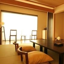 本館をリニューアルしたお洒落なインテリアが人気の和モダン客室