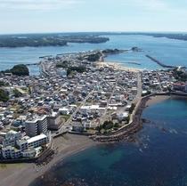 海に囲まれた港町 浜島全景
