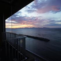 お部屋からの夕日