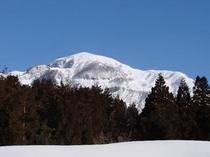越前甲山の冬景色