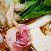 ■お料理一例■壱岐の郷土料理、そうめんが入る地鶏鍋「ひきとおし」