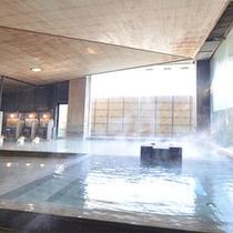 和風呂【白鷺湯】は御影石と木を多用した作り