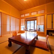 ■和室■日暮 総檜作りで設えた温もりと落ち着きある純和風客室。
