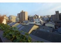 テラスからは京の街並みを一望できます/プレミアム