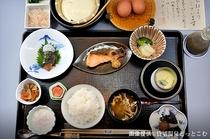朝食©kashikiri-onsen.com