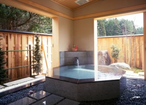 貸切風呂 写真提供:楽天トラベル