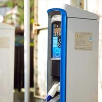 電気自動車の充電機あります!