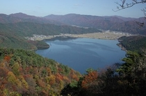 神秘の湖、余呉湖