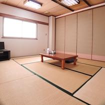 *【和室8畳】シンプルで快適なお部屋です