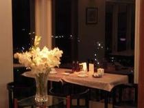 夜景を眺めながらのお食事