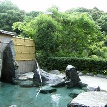 大黒山山麓に湧く湯の川温泉は「日本三美人の湯」源泉掛け流しの良質な湯!