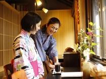 食事場所竹田町屋「寺子屋」の2階席から竹田城が望めます。