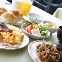 朝食バイキングは、当日でもお申込みが可能です♪♪