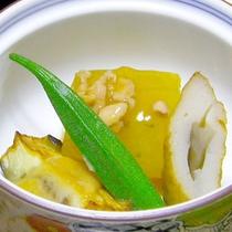 *夕食一例/素材の美味しさを活かした煮物
