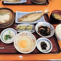 *【朝食一例】朝からたっぷりとお召し上がりください
