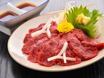 信州の味覚 馬刺し - お料理一例