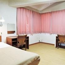 *【宿泊棟のお部屋】1棟につきツインルームが4室ございます