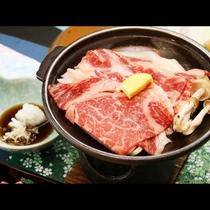 とちぎ和牛を贅沢に使った陶板焼きは当館人気メニュー