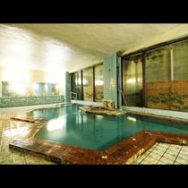 塩原のかけ流し温泉。広めの貸切風呂