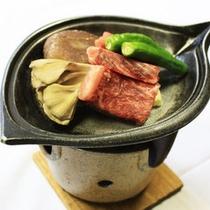 *【牛肉陶板ステーキ(イメージ)】ジューシーなお肉♪