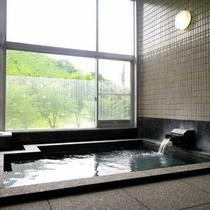 *【大浴場】雄大な景色を見ながら心身ともにリラックス☆
