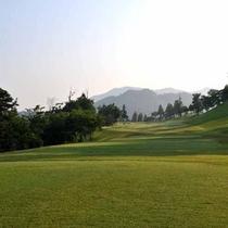 *自然の山並みを利用したゴルフコースは訪れる度に新鮮さを感じられます。