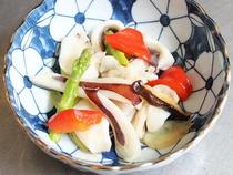 イカとアスパラの炒め物