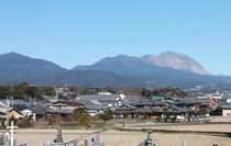 山側客室からの景色(墓地と平成新山)
