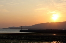 当館から見た夕焼けの景色