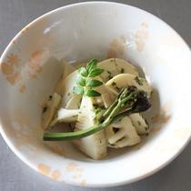 【夕食一例】竹の子とわらびの山椒和え