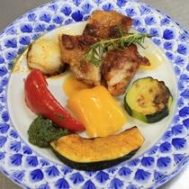 【夕食一例】チキンと焼き野菜