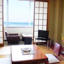 【海の見える和室(6畳)】 有明海を眺めながら寛げます